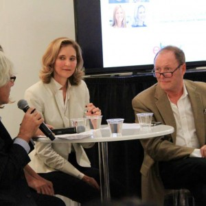 The-panel-discussing-how-to-navigate-between-online-sites,-traditional-auction-houses,-and-brick-and-mortar-galleries