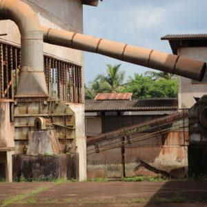 Selasi Awusi Sosu, Aboso Glass Factory, (c) 2017